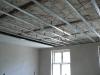 We wszystkich pomieszczeniach zamontowano sufity podwieszane