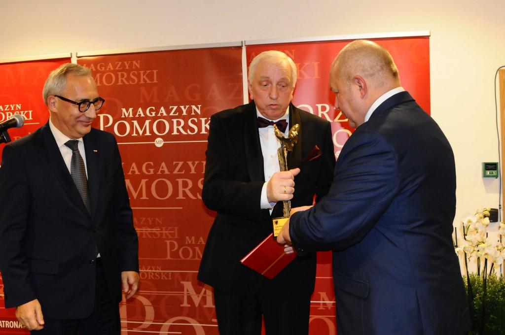 W środku: Prezes Zbigniew Ciecholewski z Ciecholewski-Wentylacje Sp. z o.o. (fot. Magazyn Pomorski)