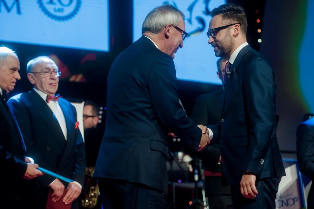 Z prawej strony Maciej Suchocki, Prezes Zarządu Tritum Group