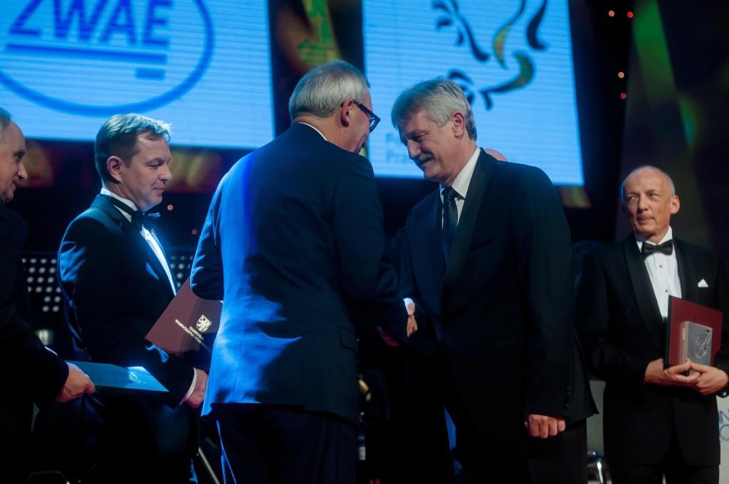 Z prawej: Prezes Zarządu Zakładu Wytwórczego Aparatów Elektrycznych Sp. z o.o. Wacław Markowiak /fot. Kosycarz Foto Press